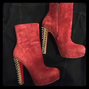 Dark red Christian Louboutin gold spike boots 38.5